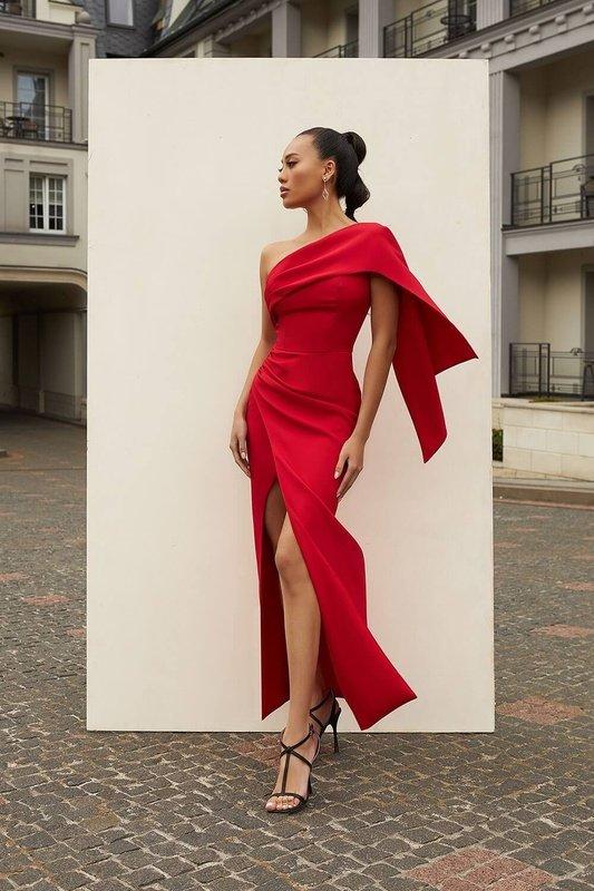 Lavinia Red